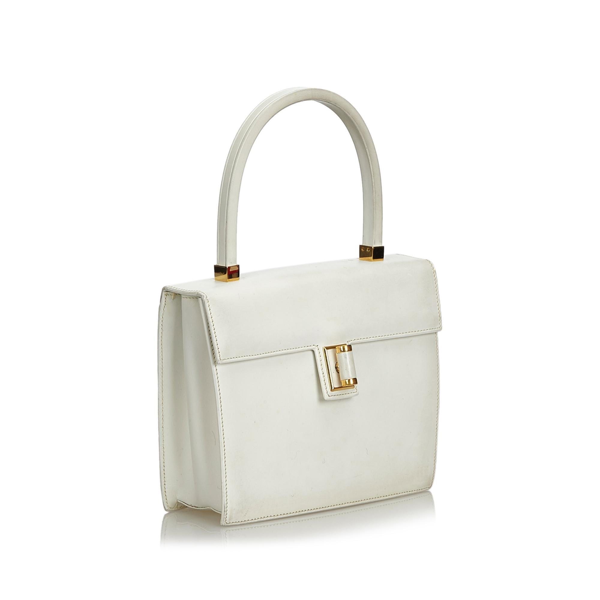 564f195e228 Gucci White Leather Vintage Gucci Handbag Italy w  Dust BagBox For Sale at  1stdibs