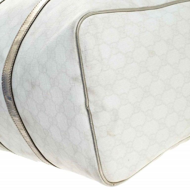 Gucci White/Silver GG Supreme Canvas and Leather Joy Boston Bag For Sale 6