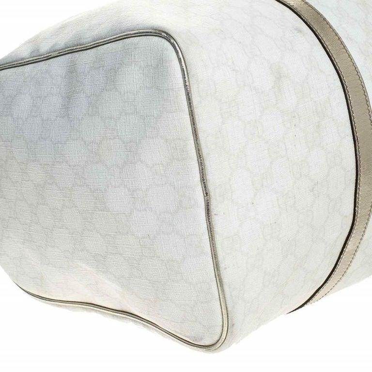 Gucci White/Silver GG Supreme Canvas and Leather Joy Boston Bag For Sale 7