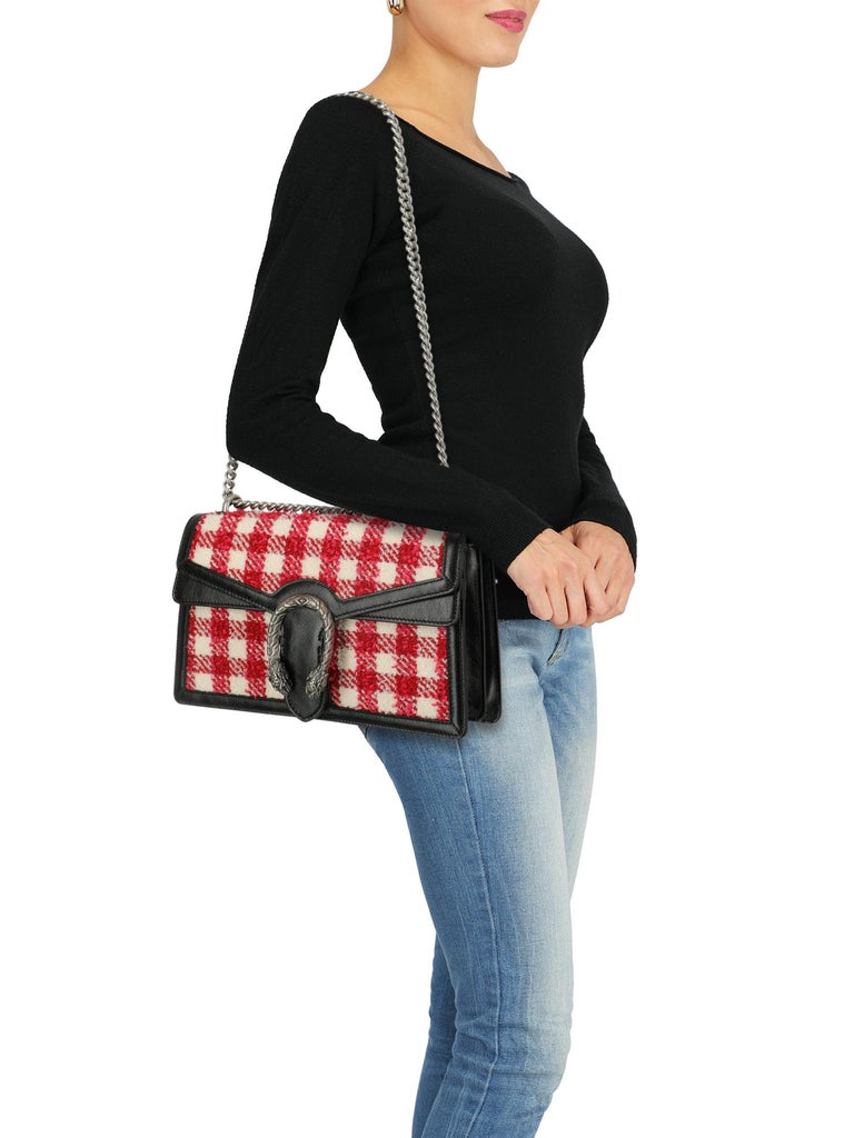 Product Description: Dionysus, fabric, gingham print, iconic detail, pressure lock closure, chain shoulder strap, silver-tone hardware, external pocket, internal zipped pocket, multiple internal compartments, suede lining, leather trim.  Includes: