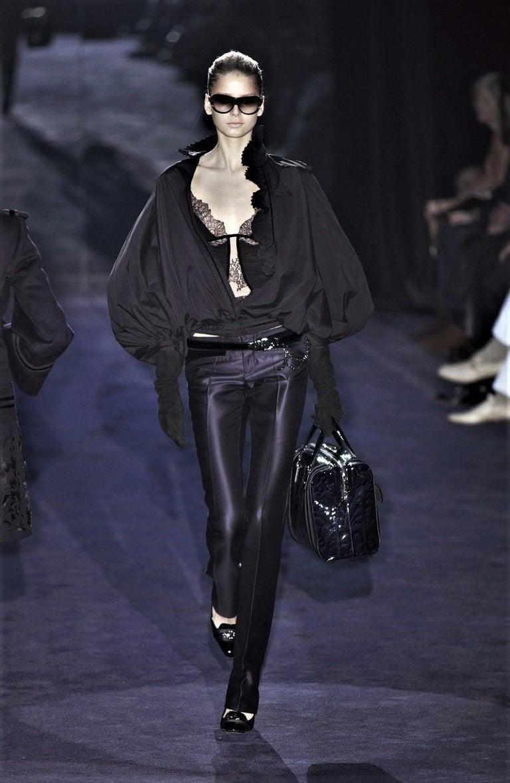 New Gucci Wool & Silk Runway Pants F / W 2005 Sz 44 U.S. 8 For Sale 5