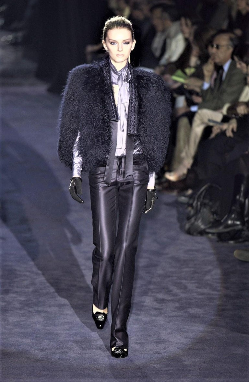 Black New Gucci Wool & Silk Runway Pants F / W 2005 Sz 44 U.S. 8 For Sale