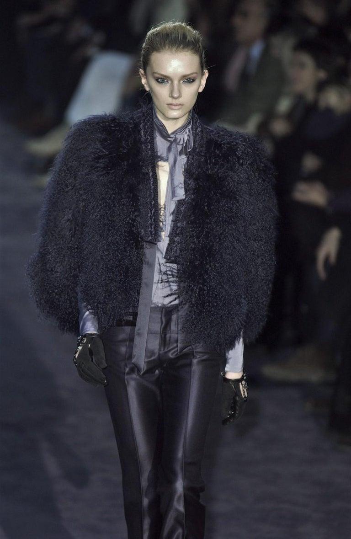 New Gucci Wool & Silk Runway Pants F / W 2005 Sz 44 U.S. 8 For Sale 4