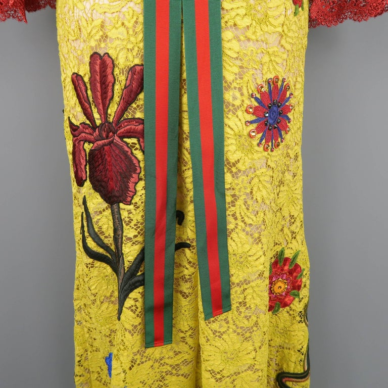 Gucci Yellow Lace Embroidered Dress Gown,  Cruise 2016 Collection For Sale 14
