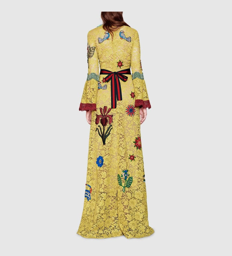 Beige Gucci Yellow Lace Embroidered Dress Gown,  Cruise 2016 Collection For Sale