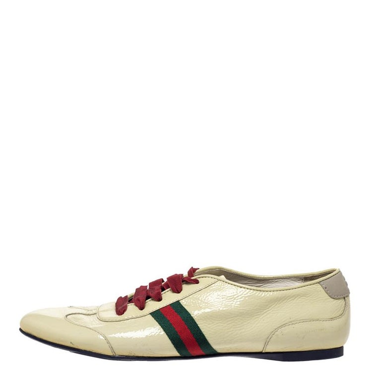 Women's Gucci Yellow Patent Leather Web Detail Lace Up Low Top Sneakers Size 38.5 For Sale