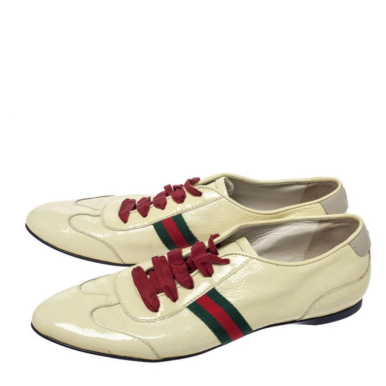 Gucci Yellow Patent Leather Web Detail Lace Up Low Top Sneakers Size 38.5 For Sale 1