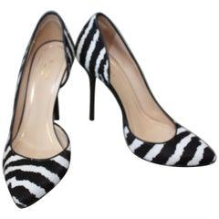 Gucci Zebra Black and White Pumps Size 36.5