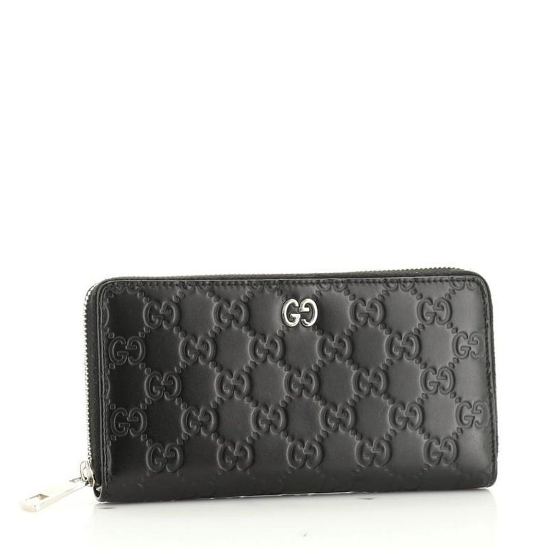 Gucci Zip Around Wallet GucciGhost Embossed Leather Long In Good Condition For Sale In New York, NY
