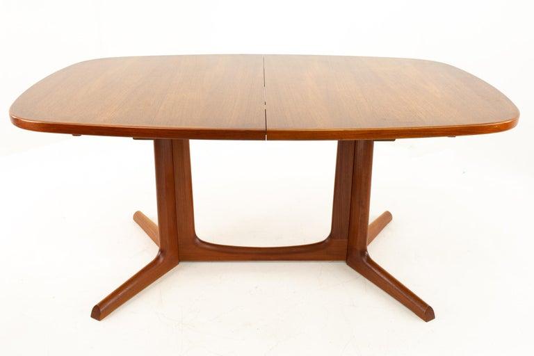 American Gudme Mobelfabrik Midcentury Dining Table with 2 Leaves