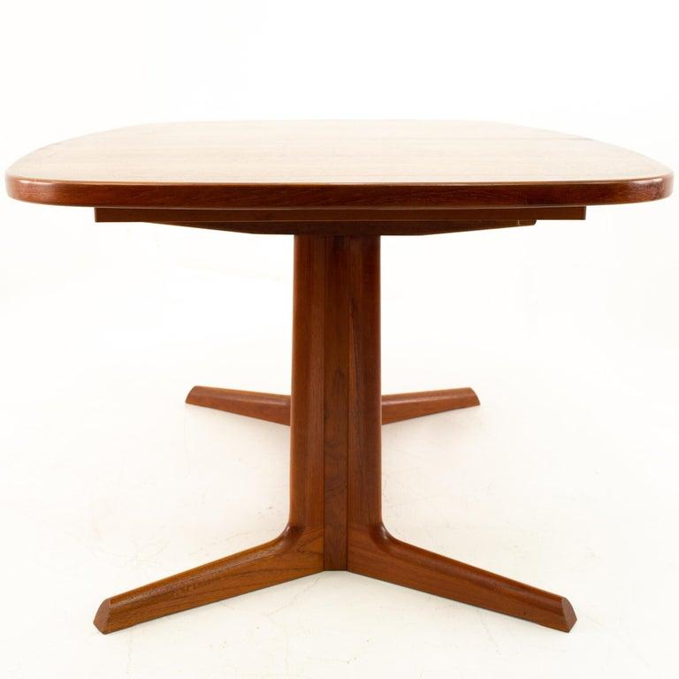 Wood Gudme Mobelfabrik Midcentury Dining Table with 2 Leaves