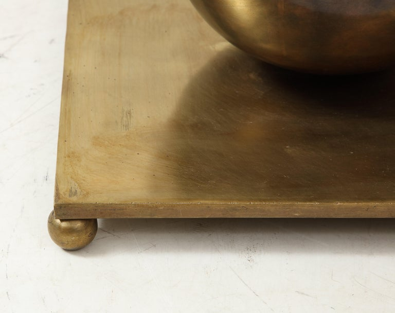 Minimalist Guéridon Side Table Attributed to John Vesey For Sale