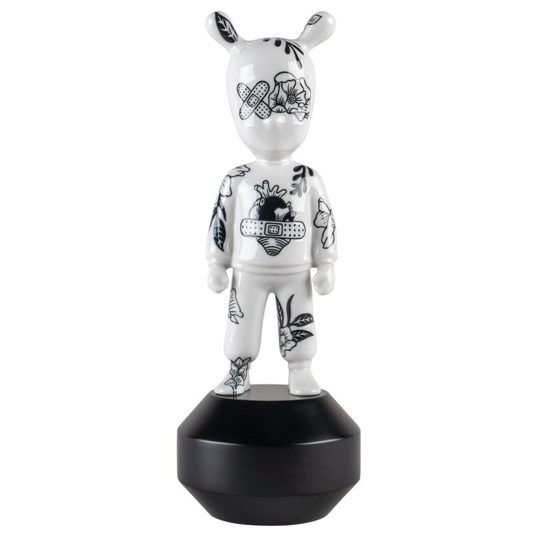 The Guest by Henn Kim Figurine. Small model. Numbered Edition For Sale