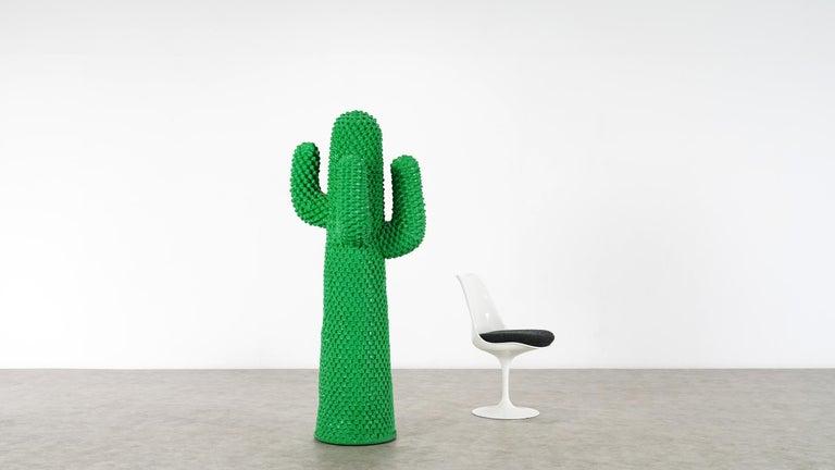 Gufram Kaktus, 1972 von Guido Drocco und Franco Mello 640/2000 Original Grün 2