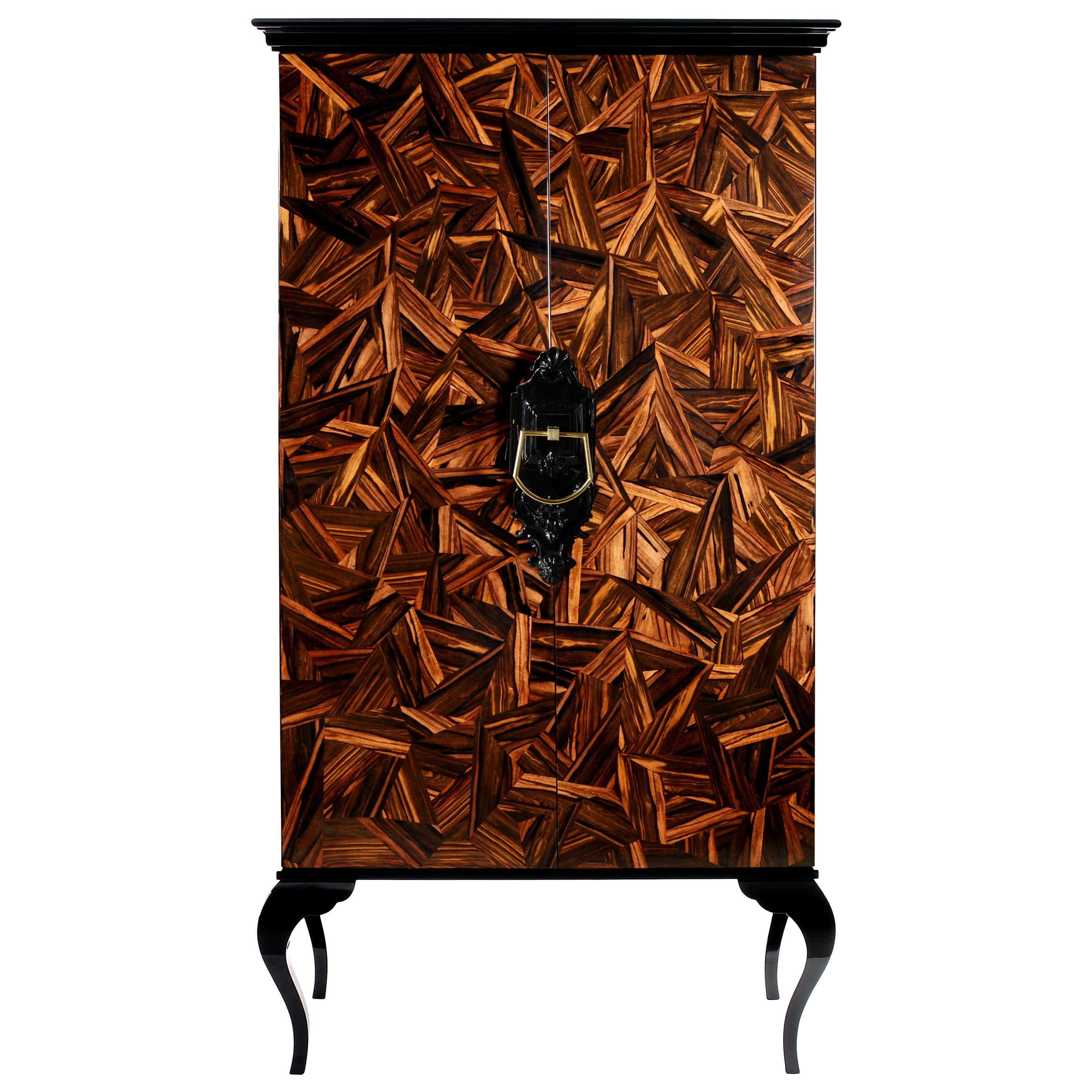Guggenheim Cabinet Patch in Lacquered Wood