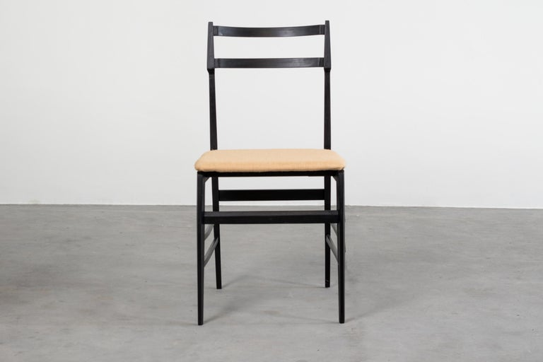 20th Century Guglielmo Ulrich Set of Four Chairs Ebonized Wood and Fabric for Saffa, 1960 For Sale