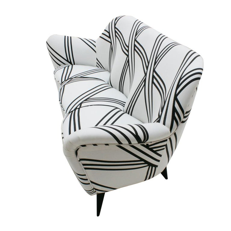 Mid-20th Century Guglielmo Veronesi for ISA Bergamo Mid-Century Modern Italian Perla Sofa For Sale