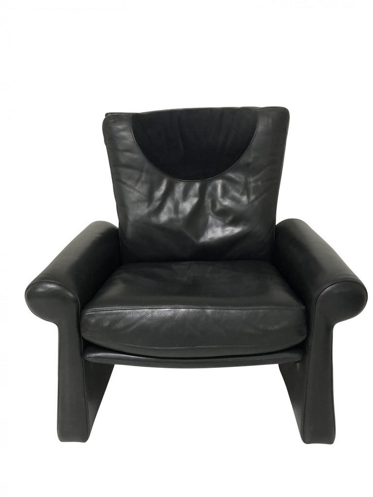 Mid-Century Modern Guido Faleschini Black Leather a Lounge Chair and Ottoman, Italy 1970 Pace For Sale
