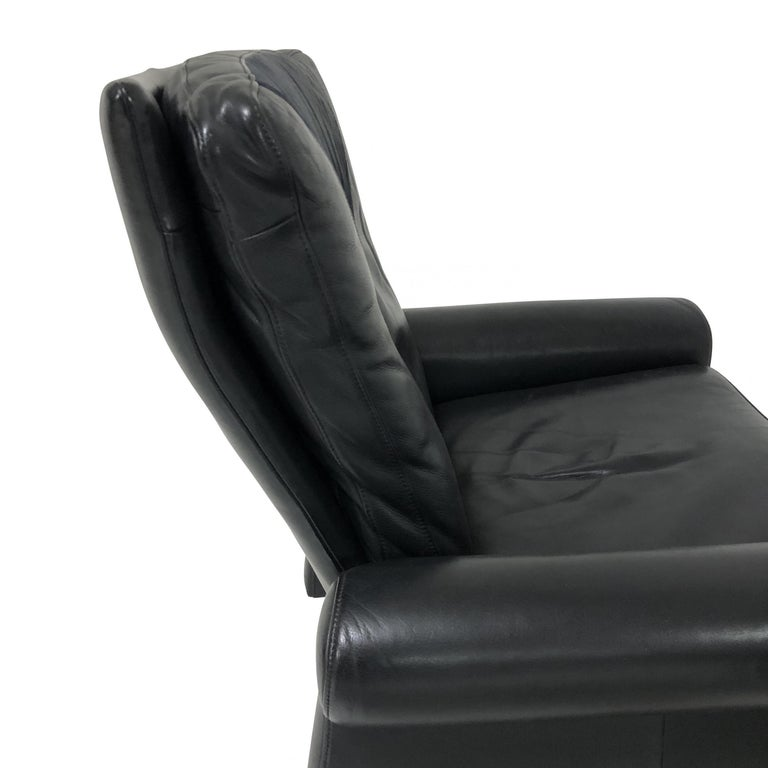 Italian Guido Faleschini Black Leather a Lounge Chair and Ottoman, Italy 1970 Pace For Sale