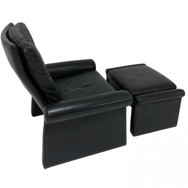Guido Faleschini Black Leather a Lounge Chair and Ottoman, Italy 1970 Pace In Good Condition For Sale In Chicago, IL
