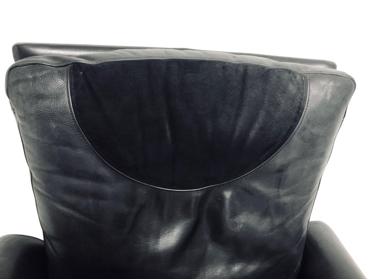 Guido Faleschini Black Leather a Lounge Chair and Ottoman, Italy 1970 Pace For Sale 2