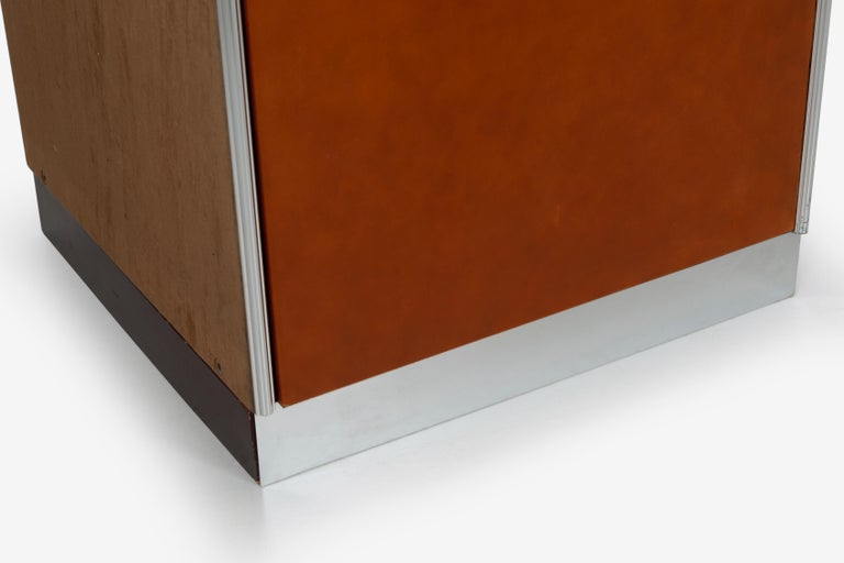 Guido Faleschini for Mariani Pace Collection, Pair of Cabinets For Sale 6