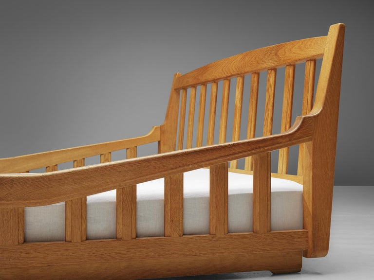 Guillerme & Chambron Bed in Solid Oak In Good Condition In Waalwijk, NL
