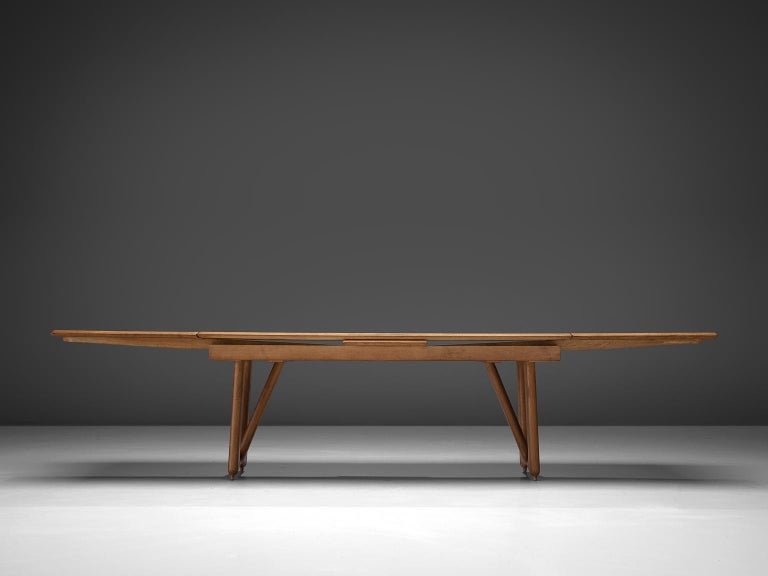 Mid-Century Modern Guillerme & Chambron Extendable Dining Table in Oak For Sale
