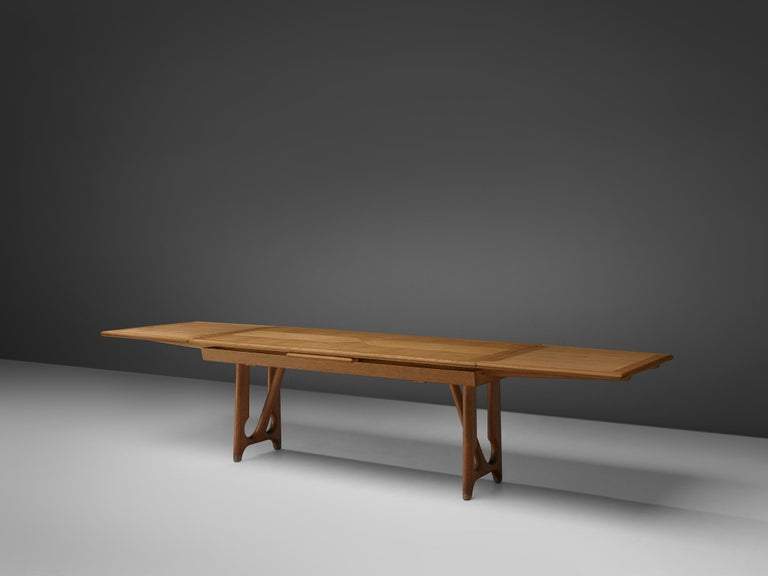 Mid-Century Modern Guillerme & Chambron Extendable Dining Table in Oak