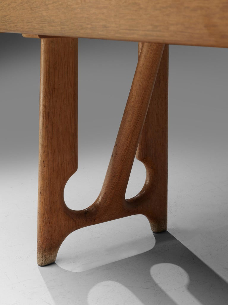 Guillerme & Chambron Extendable Dining Table in Oak 1