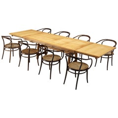 Guillerme & Chambron Extendable Table in Solid Oak with Thonet 'Vienna' Chairs