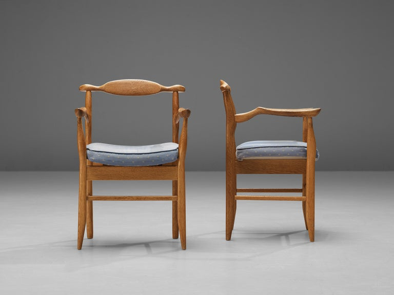 Guillerme & Chambron Pair of Armchairs Model 'Fumay' in Oak and Blue Upholstery For Sale 1