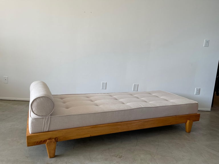 Guillerme et Chambron Attributed Daybed In Good Condition For Sale In Los Angeles, CA