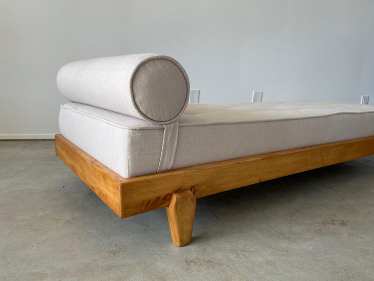 Mid-20th Century Guillerme et Chambron Attributed Daybed For Sale