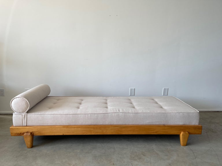 Guillerme et Chambron Attributed Daybed For Sale 2