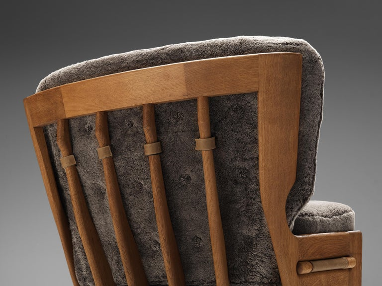 Guillerme et Chambron Customizable 'Denis' Lounge Chair in Oak In Good Condition For Sale In Waalwijk, NL