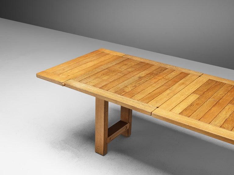 Guillerme et Chambron Extendable Dining Table 'Bourbonnais' in Oak For Sale 4