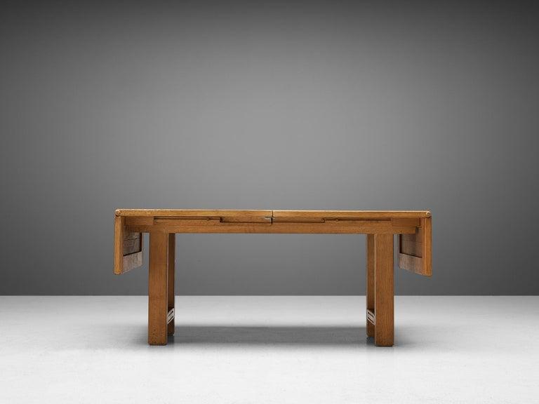 Guillerme et Chambron Extendable Dining Table 'Bourbonnais' in Oak For Sale 5
