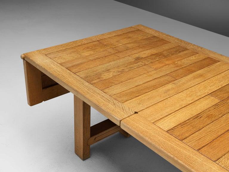 Guillerme et Chambron Extendable Dining Table 'Bourbonnais' in Oak For Sale 7