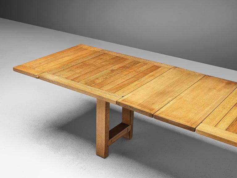 20th Century Guillerme et Chambron Extendable Dining Table 'Bourbonnais' in Oak For Sale