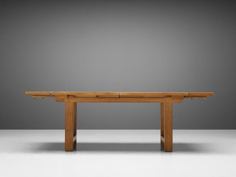 Guillerme et Chambron Extendable Dining Table 'Bourbonnais' in Oak For Sale 3