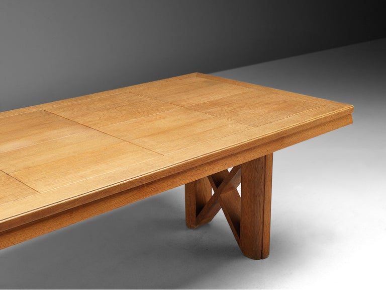 Guillerme et Chambron Extendable Dining Table in Oak For Sale 7