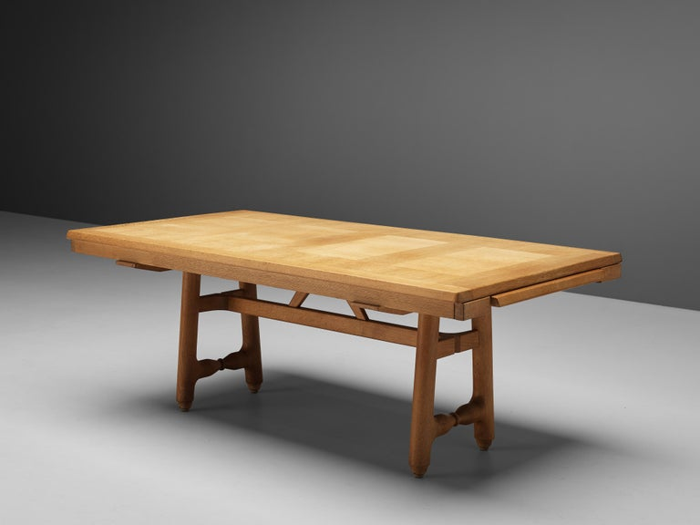 20th Century Guillerme et Chambron Extendable Dining Table in Oak For Sale