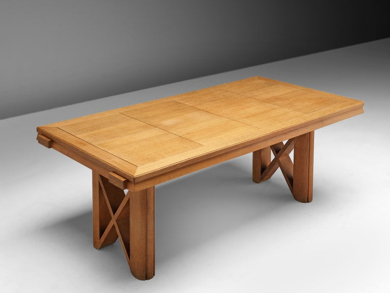 Guillerme et Chambron Extendable Dining Table in Oak For Sale 3