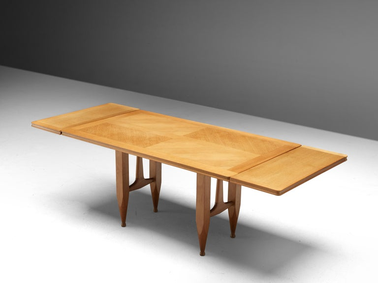 Mid-20th Century Guillerme et Chambron Extendable Dining Table in Solid Oak For Sale