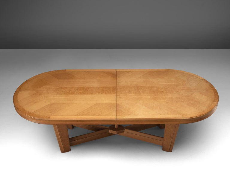 Guillerme et Chambron Extendable Oval Dining Table in Oak For Sale 4