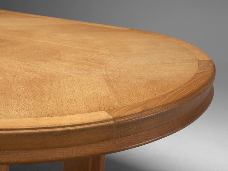 Guillerme et Chambron Extendable Oval Dining Table in Oak For Sale 3