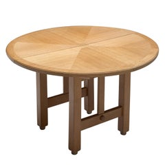 Guillerme et Chambron Extendable Round Dining Table in Oak