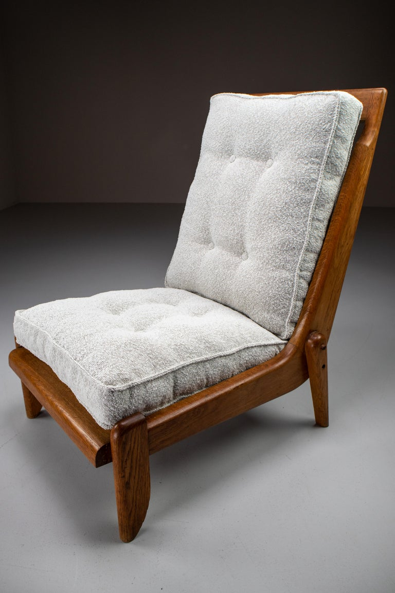 Guillerme et Chambron Lounge Chairs in Blond Oak and Bouclé Fabric, France, 1950 For Sale 1