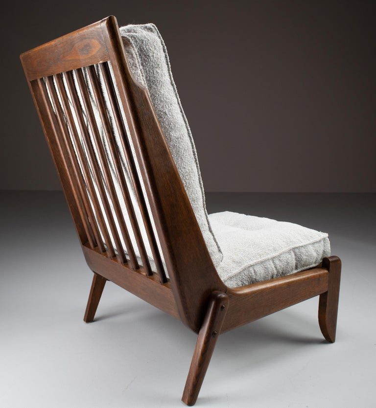 Guillerme et Chambron Pair Lounge Chairs in Oak and bouclé fabric, France, 1950s For Sale 1